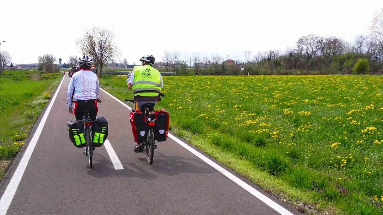 Decalogo cicloturismo bici &Dintorni