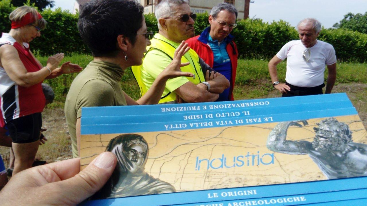A Industria con l' archeologa bici &Dintorni