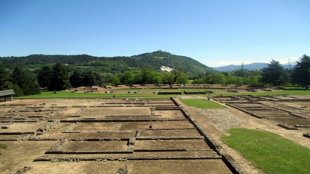 Una città romana: Libarna bici &Dintorni