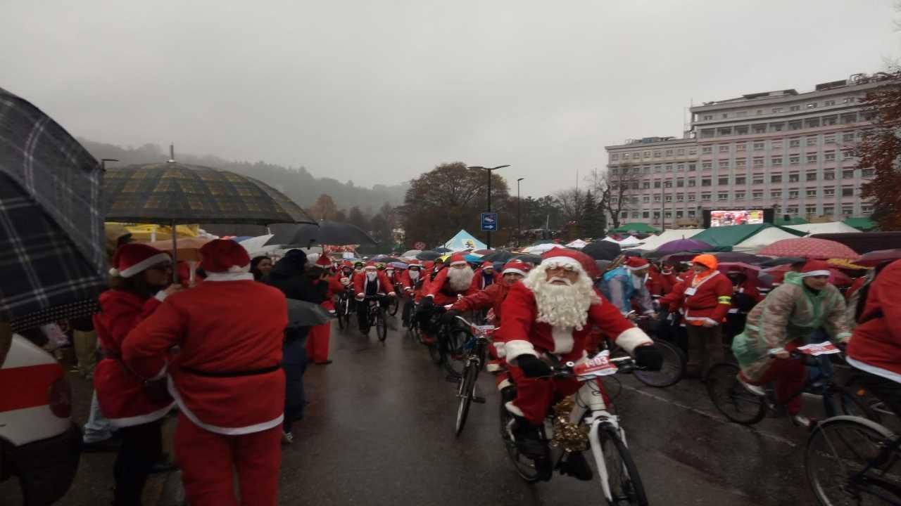 Un Babbo Natale in bici… un Babbo Natale in FORMA 2019 bici &Dintorni