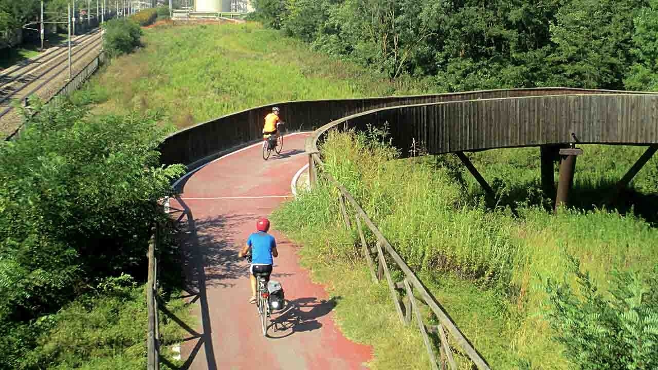 COMUNI CICLABILI: anche Torino nella lista (2 bike smile) bici &Dintorni